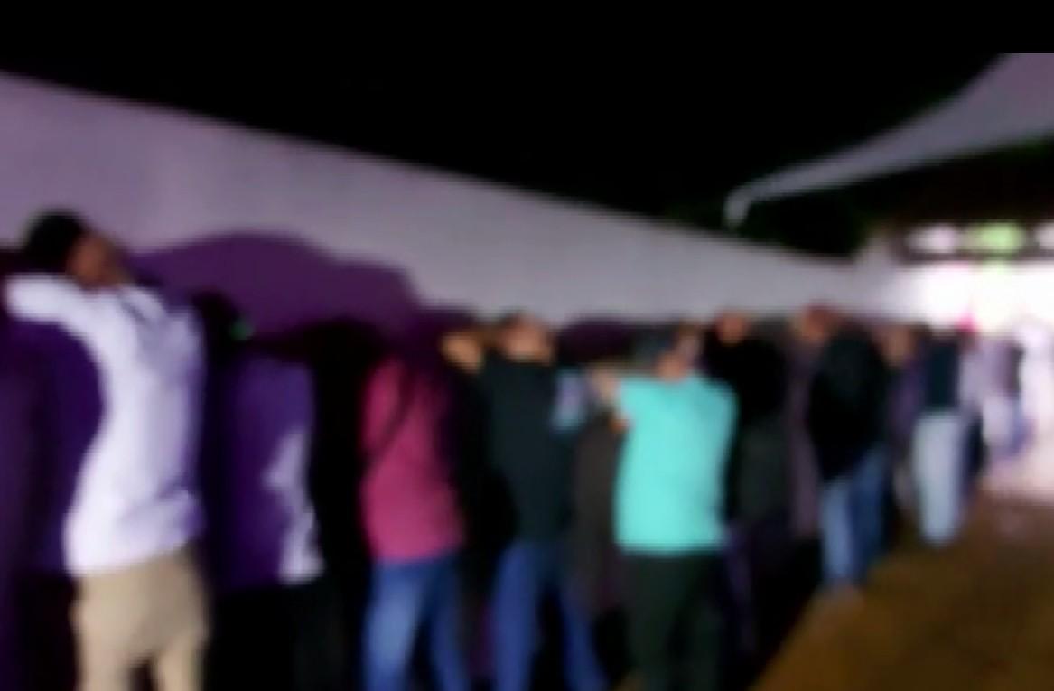 Duas pessoas são presas após PM encerrar festa com cerca de 400 pessoas em Londrina