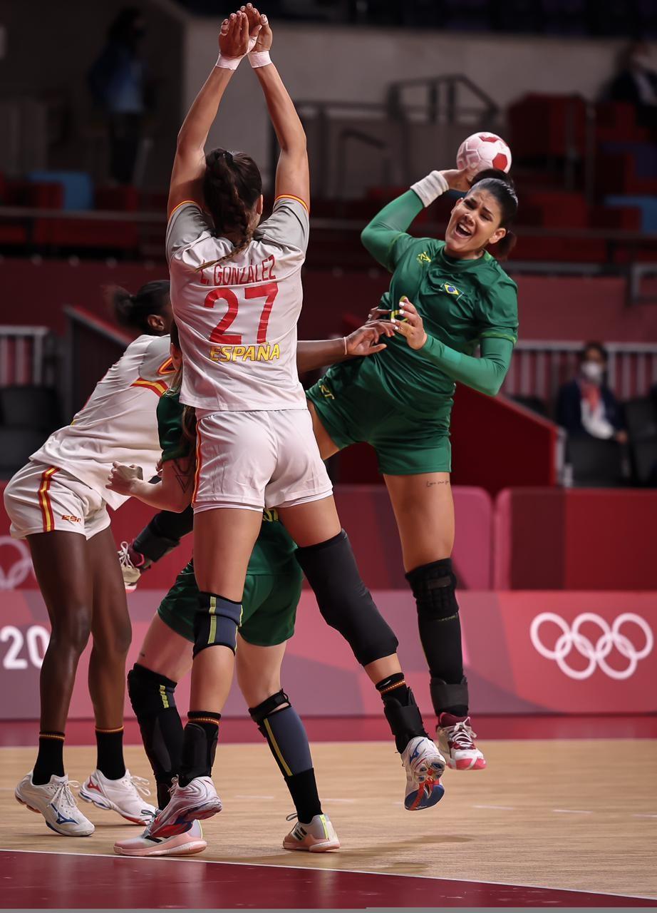 'Fator primordial sempre foi a vontade', diz 1º treinador de potiguar destaque do handebol nas Olimpíadas