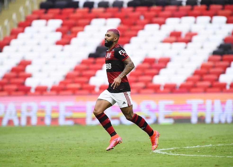 Gabigol leva Flamengo à liderança com muitos gols e nenhum amarelo