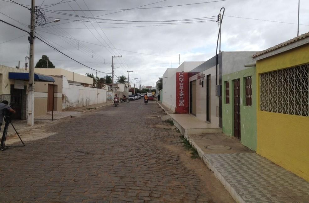 Vencedor da Mega-Sena de Campos Sales costumava frequentear bar/pizzaria onde foi assassinado (Foto: TV Verdes Mares/Reprodução)
