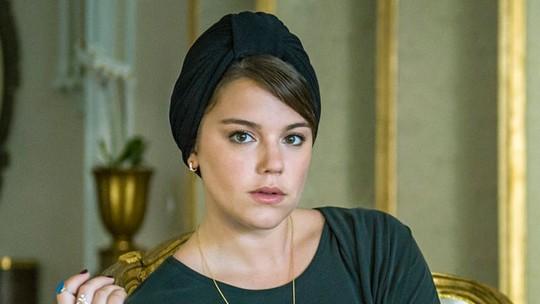 Alice Wegmann celebra indicação de 'Órfãos da Terra' ao Emmy 2020: 'Foi minha primeira vilã. É gratificante'