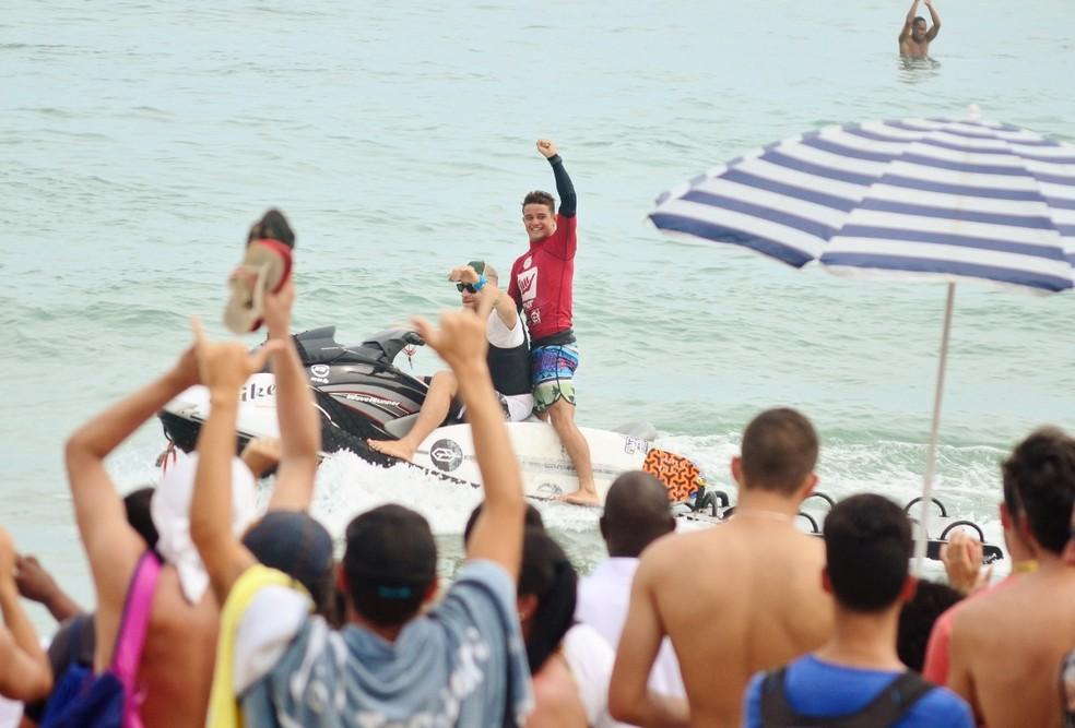 Deivid Silva é o atual campeão do QS Maresias (Foto: Danilo Sardinha/GloboEsporte.com)