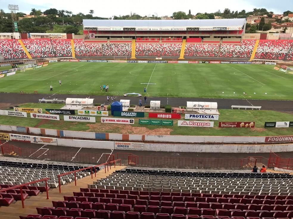 60b60d5cd402d ... Estádio Santa Cruz receberá jogo de ida entre Bota e Oeste — Foto   Guilherme Faria
