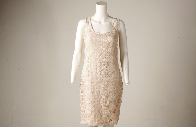 Vestido renda na Missiza (R$ 299) (Foto: Gustavo Stephan)