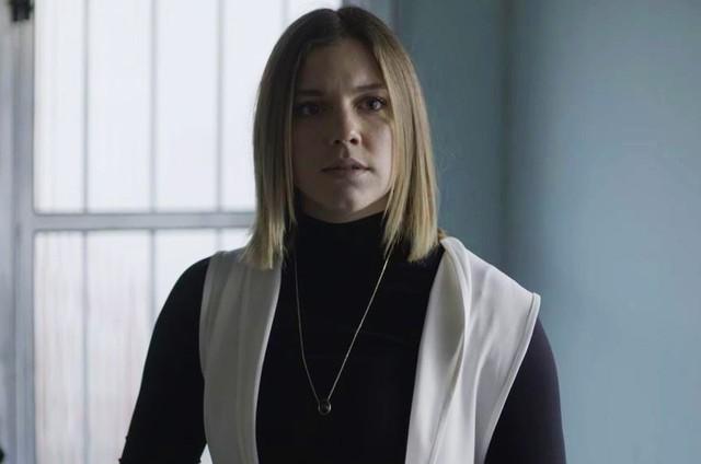 'Órfãos da terra': Alice Wegmann é Dalila/Basma (Foto: TV Globo )