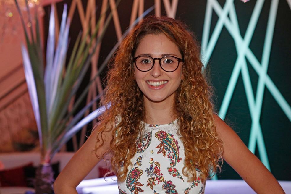 Carol Duarte faz sua estreia na TV em 'A Força do Querer' (Foto: Fábio Rocha / Gshow)