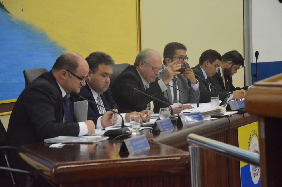 -  Projeto de lei sobre implantação e permanência de aplicativos de corridas de táxi em Santarém é discutido na Câmara  Foto: Fábio Cadete/G1
