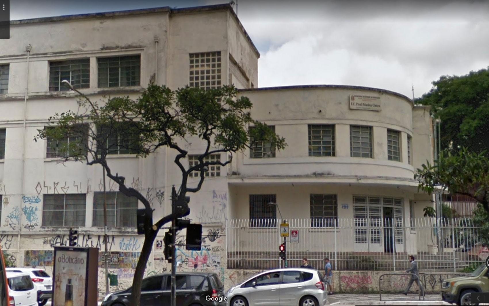 Professor é afastado de escola estadual no Centro de SP suspeito de assediar aluna de 11 anos