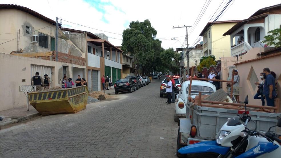 Vítima foi assassinada no bairro Grã-Duquesa — Foto: Tarciane Vasconcelos/Inter TV dos Vales