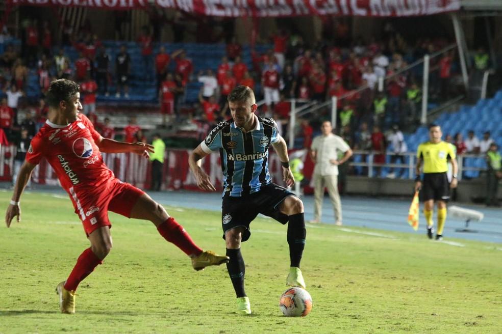 Caio Henrique fez sua estreia entre os titulares contra o América de Cali — Foto: Eduardo Moura/GloboEsporte.com