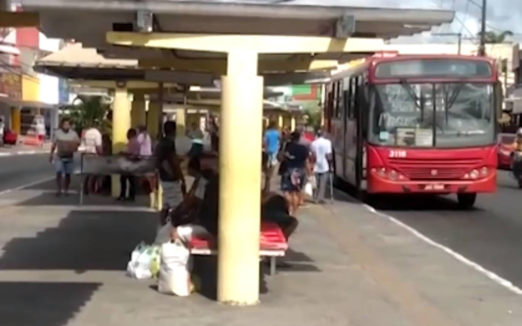 Prefeitura de Alagoinhas rompe contrato com uma das empresas que é responsável pelo transporte coletivo na cidade
