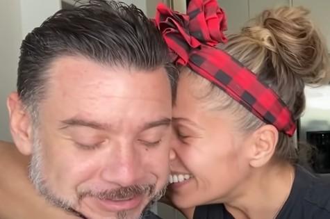Adriane Galisteu com o marido, Alexandre Iodice (Foto: Reprodução)