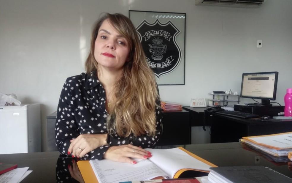 A delegada Ana Elisa Gomes, da Delegacia de Proteção à Criança e ao Adolescente (DPCA) de Goiânia — Foto: Rodrigo Gonçalves/G1