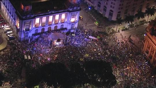 Multidão vai às ruas do Rio protestar contra os assassinatos de Marielle e Anderson