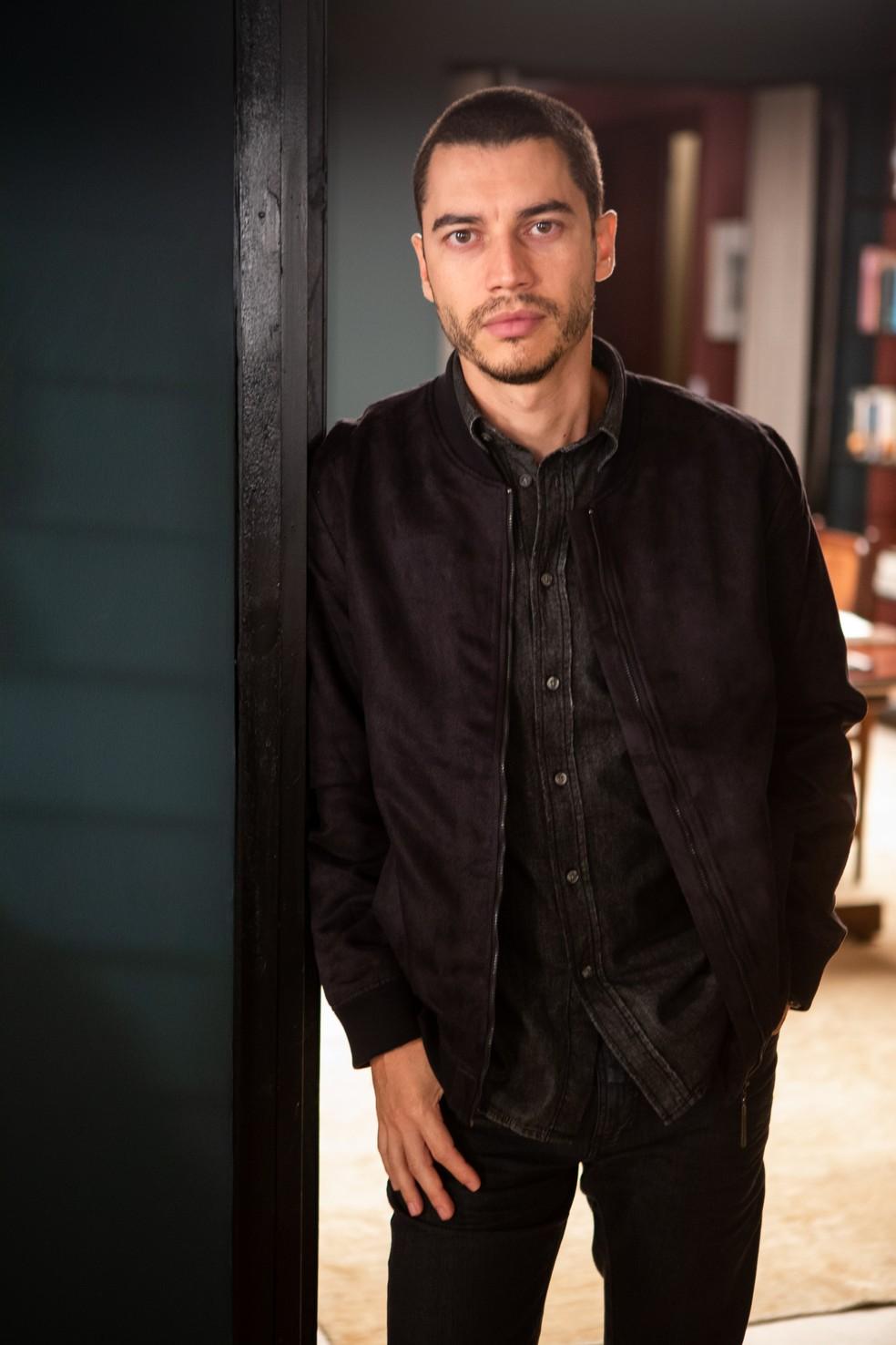Camilo (Lee Taylor) será namorado de Vivi Guedes (Paolla Oliveira), em 'A Dona do Pedaço' — Foto: Fabiano Battaglin/Gshow