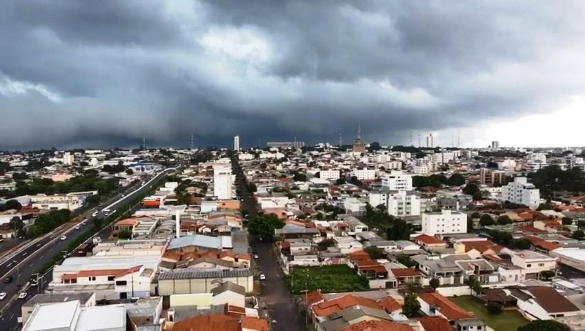 Climatologista explica alertas de chuva para o Triângulo e Alto Paranaíba