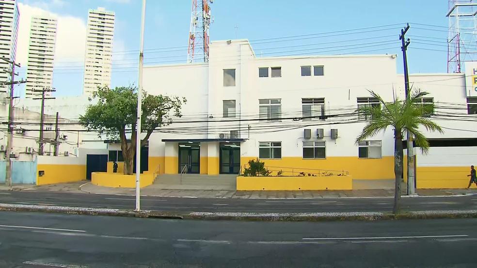 Hospital Provisório Recife 1 foi montado em um prédio alugado na Rua da Aurora, na região central da capital — Foto: Reprodução/TV Globo