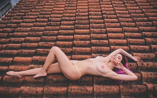 Fotógrafo clica 365 pessoas nuas durante um ano e resultado é lindo