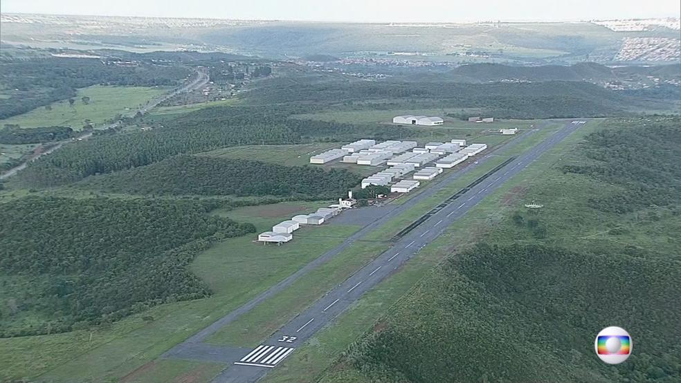 Aeródromo de São Sebastião, onde vai funcionar futuro aeroporto (Foto: TV Globo/Reprodução)