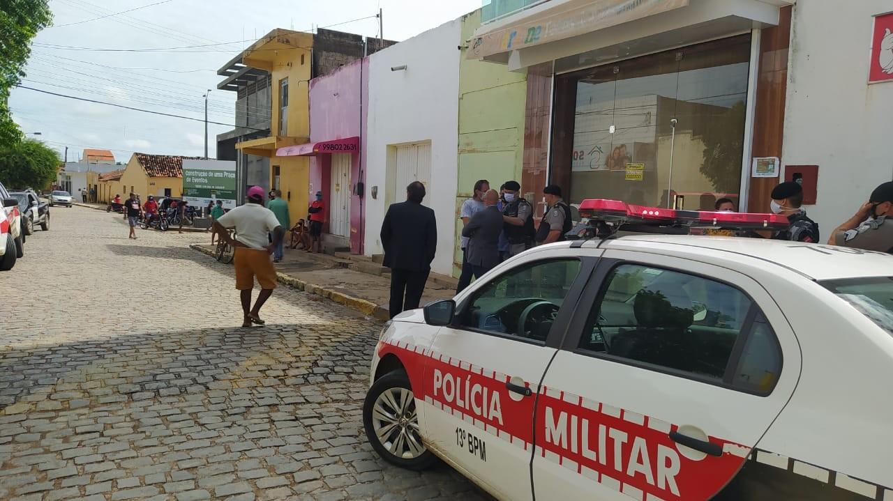 Donos de loja são presos por desobediência após abrirem comércio não essencial na Paraíba