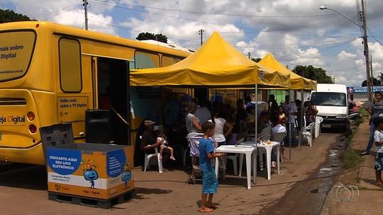 População esclarece dúvidas sobre o fim do sinal analógico em Goiânia