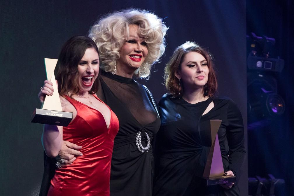 Emme White, Jane Di Castro e May Medeiros no Prêmio Sexy Hot 2018 — Foto: Celso Tavares/G1