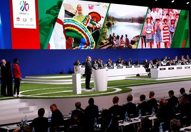 Cerimônia de escolha da sede para a Copa do Mundo de 2026: candidatura conjunta de México, EUA e Canadá consagrou-se vitoriosa (Foto: EFE/EPA/FELIPE TRUEBA)