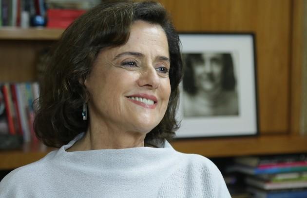 Marieta Severo será novamente Fanny, a dona de uma agência de modelos que oferece o chamado book rosa (Foto: Divulgação)