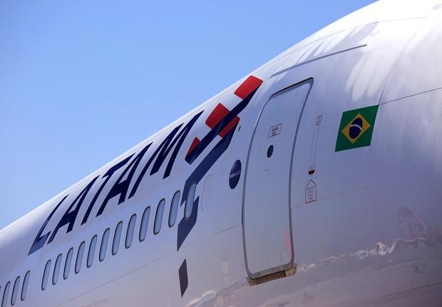 Avião da companhia aérea Latam Airlines (Foto: Marcio Jumpei/Latam)
