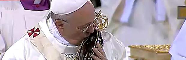 AO VIVO: Papa reza missa em Aparecida (Reprodução)