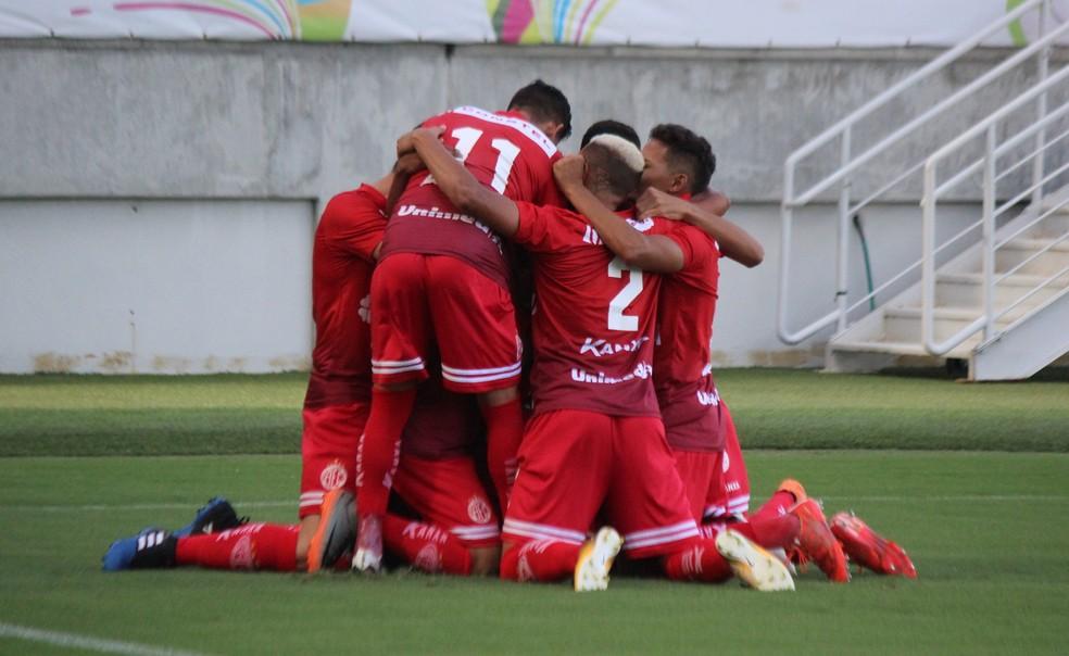 Alvirrubro marcou os dois gols da partida no primeiro tempo (Foto: Diego Simonetti/Blog do Major)