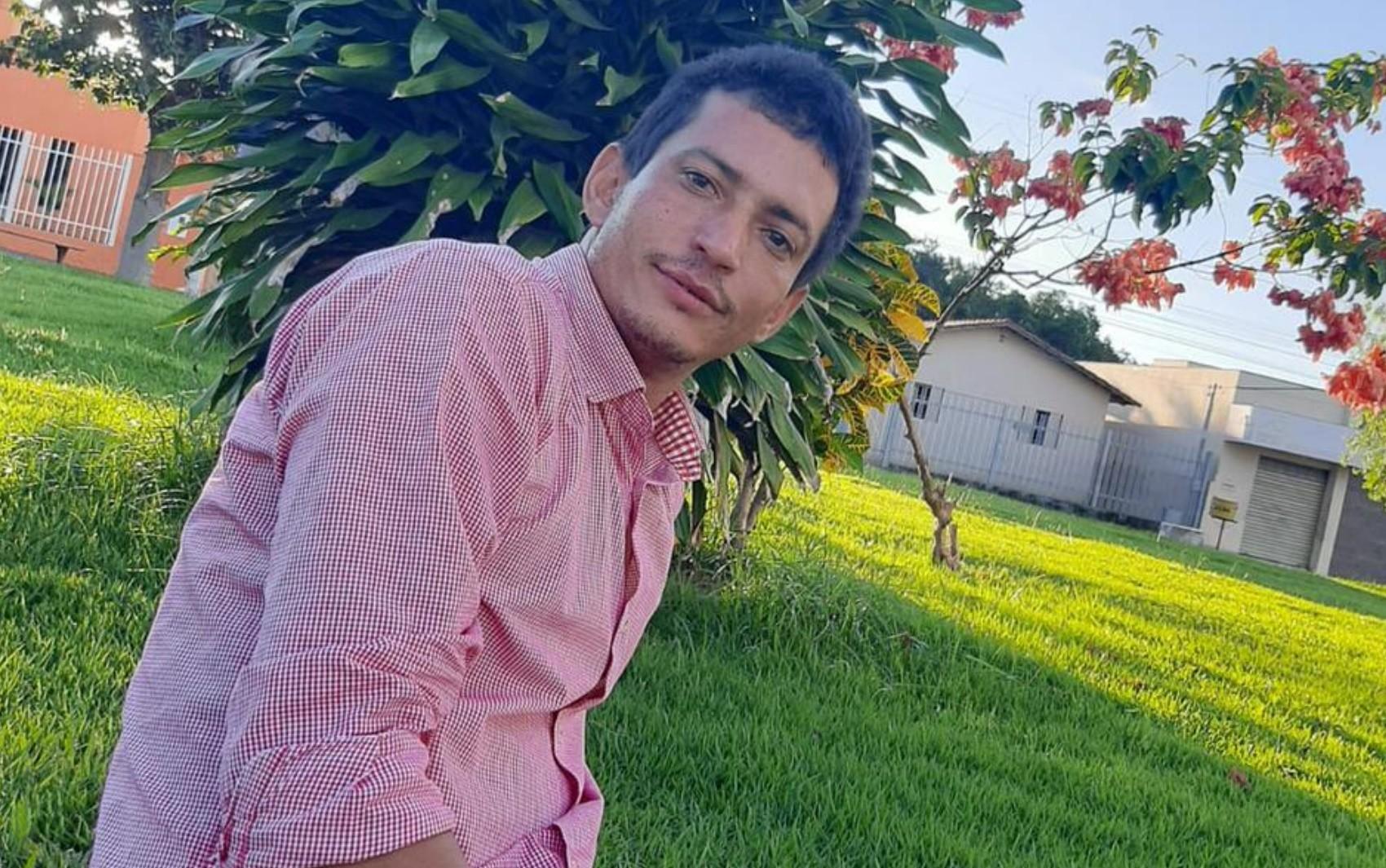 Bombeiros encontram corpo em pasto, e polícia suspeita que seja de corretor de trator desaparecido após sair de motel, em Jaraguá