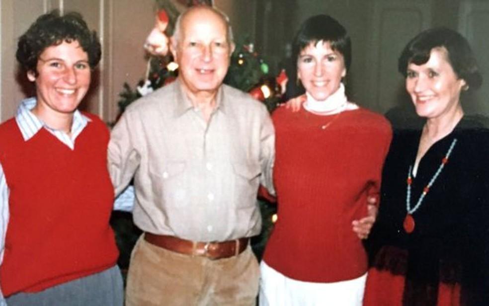Gray com a família no Natal, antes do acidente que matou Brian (Foto: Arquivo pessoal)