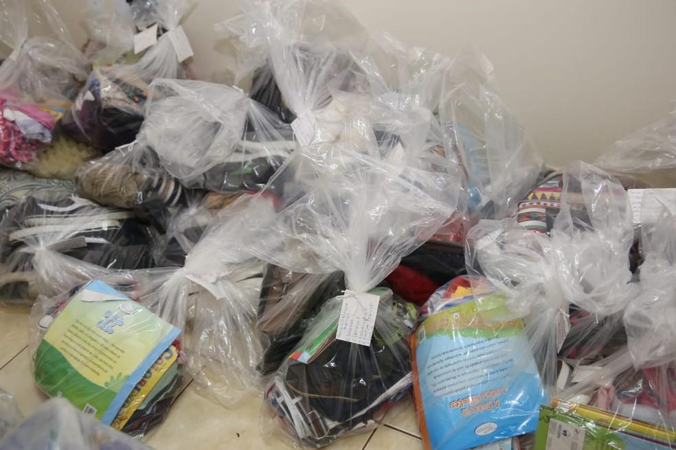 Kits da campanha do agasalho solidário no Distrito Federal — Foto: Agência Brasília/Divulgação