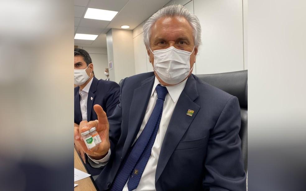 Caiado mostra vacina em reunião com o Ministério da Saúde, Goiás — Foto: Reprodução/Instagram