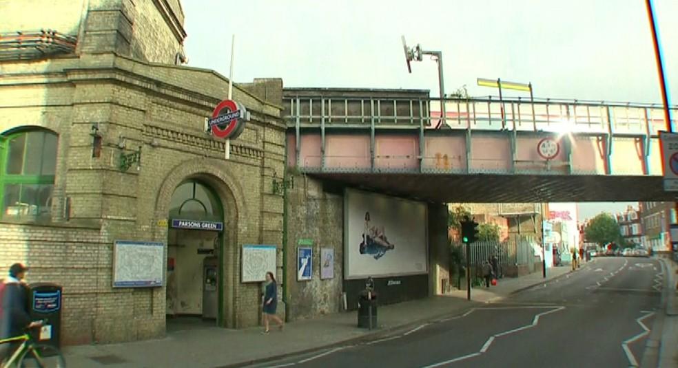 -  Estação Parsons Green é reaberta em Londres neste sábado  16   Foto: Reprodução/Reuters TV