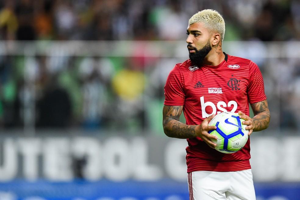 Gabigol teve números impressionantes em seu início no Flamengo, mas nos últimos 30 dias marcou apenas um gol — Foto: Douglas Magno /BP Filmes