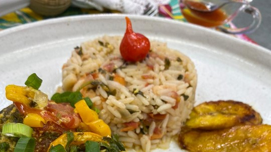 Moqueca de peixe, arroz e banana caramelizada
