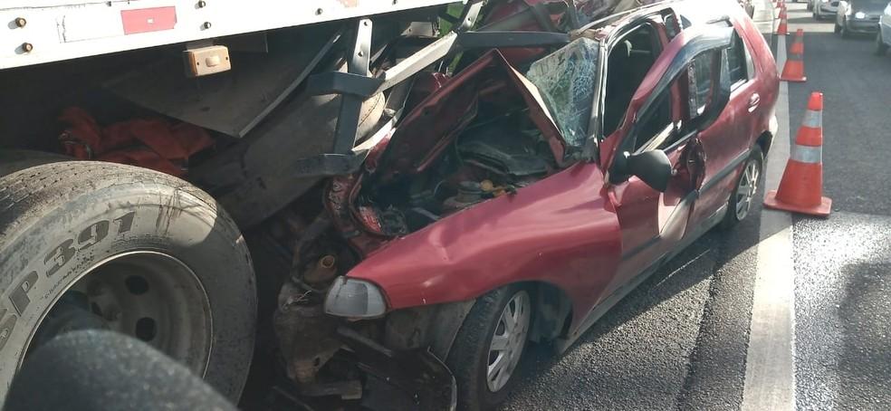 Acidente ocorreu na manhã desta terça-feira (21) — Foto: Cid Vaz/TV Bahia