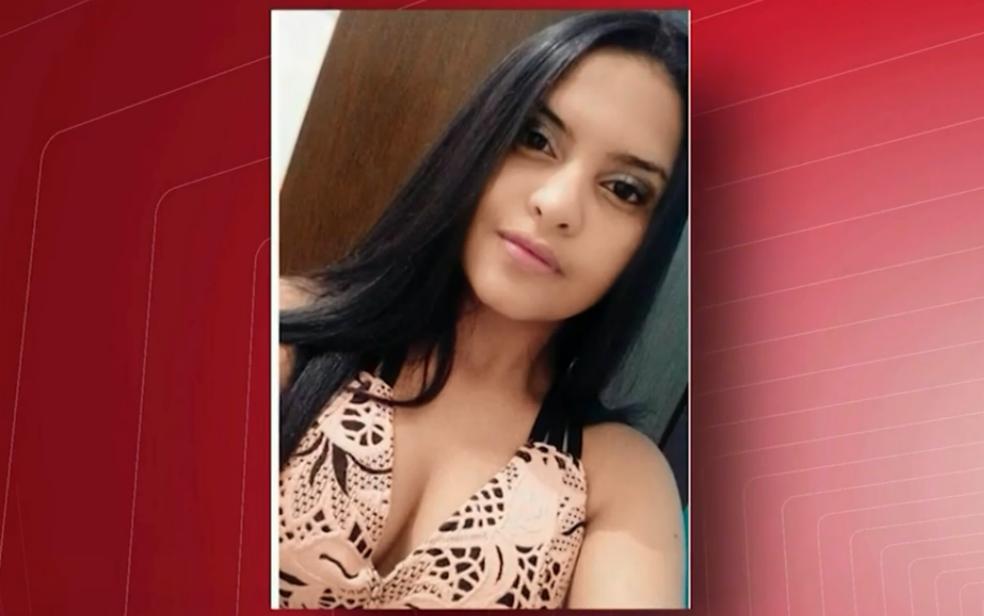 Rhanna Kevila da Silva Almeida tinha 15 anos e foi morta a facadas em Barra da Estiva — Foto: Reprodução/TV Sudoeste