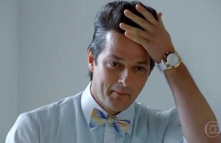 Na terça (1º), Crô (Marcelo Serrado) verá Baltazar (Alexandre Nero) pelado e terá uma reação inusitada Reprodução