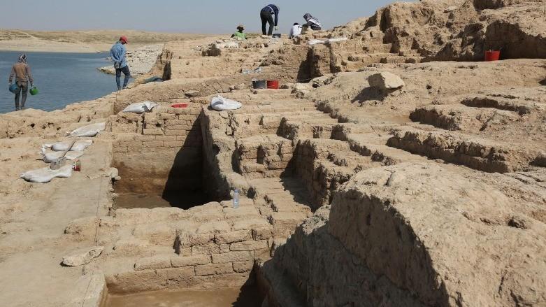 Palácio de 3,4 mil anos é revelado no Iraque após período de seca