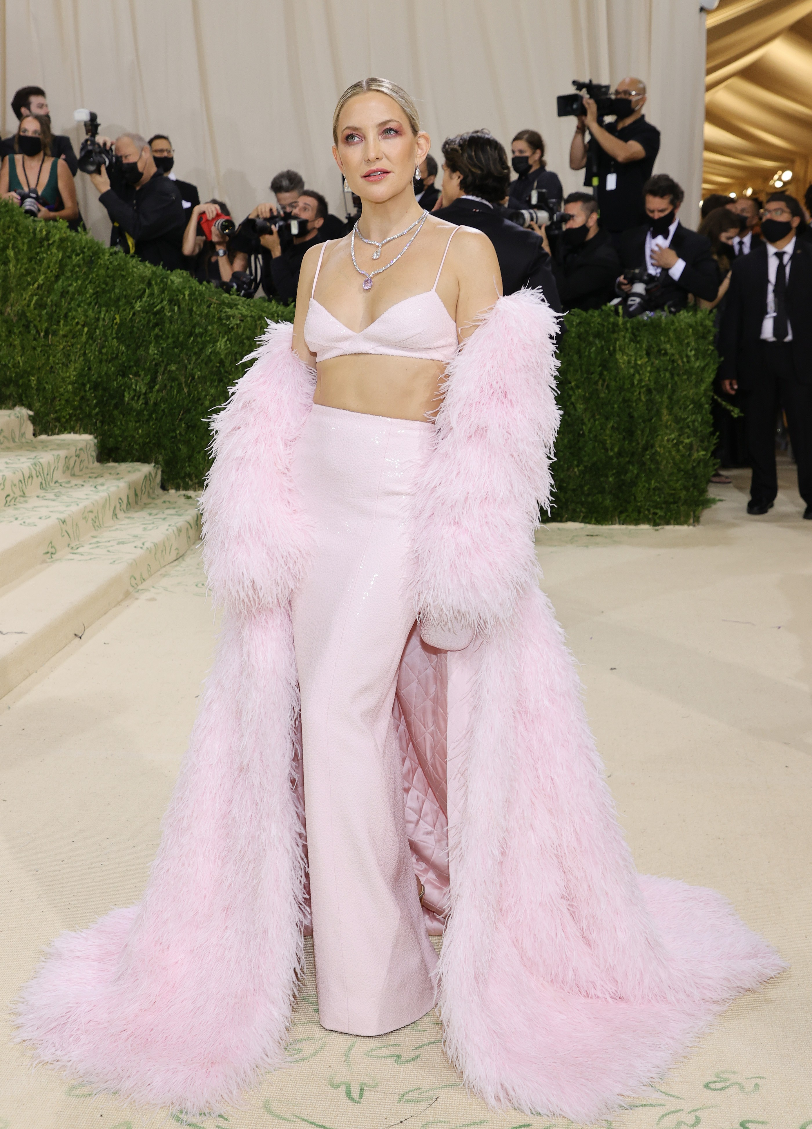 NEW YORK, NEW YORK - SEPTEMBER 13: Kate Hudson attends The 2021 Met Gala Celebrating In America: A Lexicon Of Fashion at Metropolitan Museum of Art on September 13, 2021 in New York City. (Photo by Mike Coppola/Getty Images) (Foto: Getty Images)