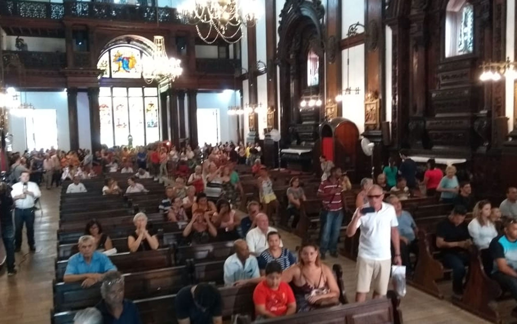 Ataque na catedral: templo em Campinas é reaberto com missa em memória das vítimas - Noticias