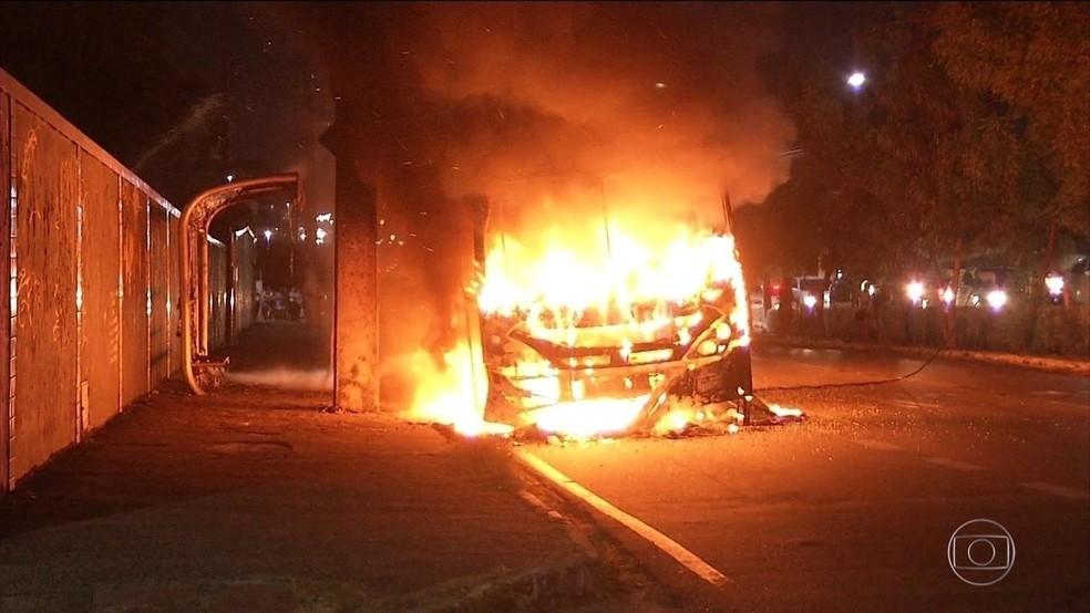 Criminoso que ordenou onda de ataques em Fortaleza deixa presídio federal — Foto: Reprodução/Verdes Mares