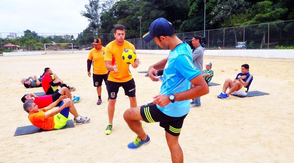 Crossfut: atividade mistura futebol e crossfit (Foto: Divulgação)