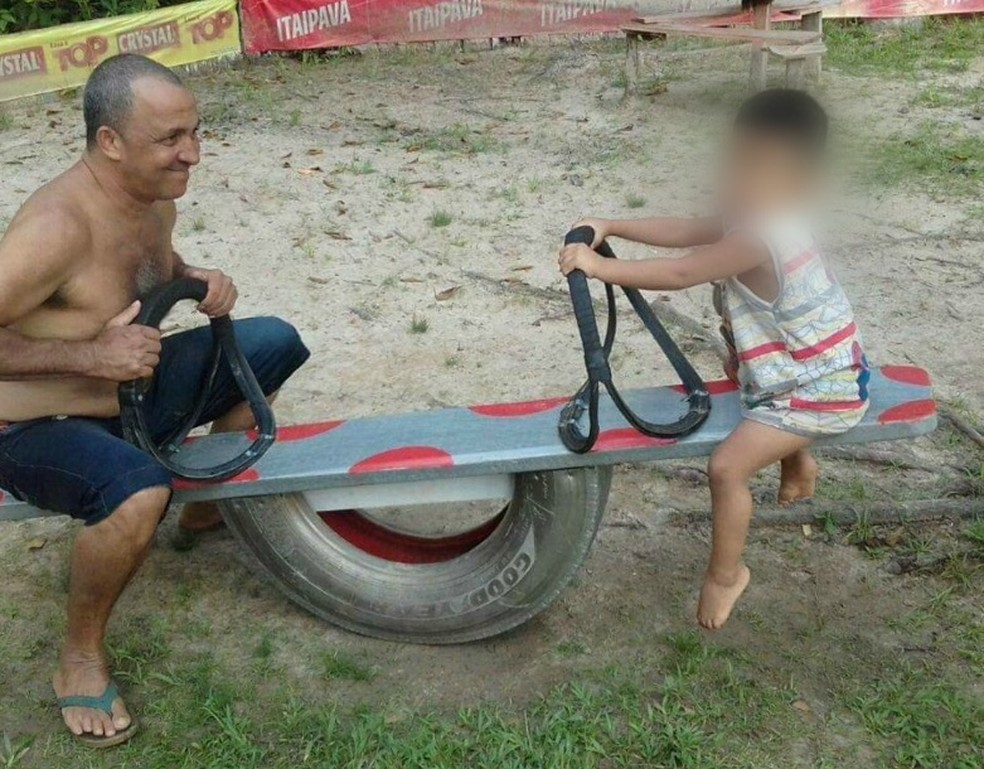 Pai e filho conversavam por vídeo e telefone desde o acidente.  — Foto: Arquivo pessoal