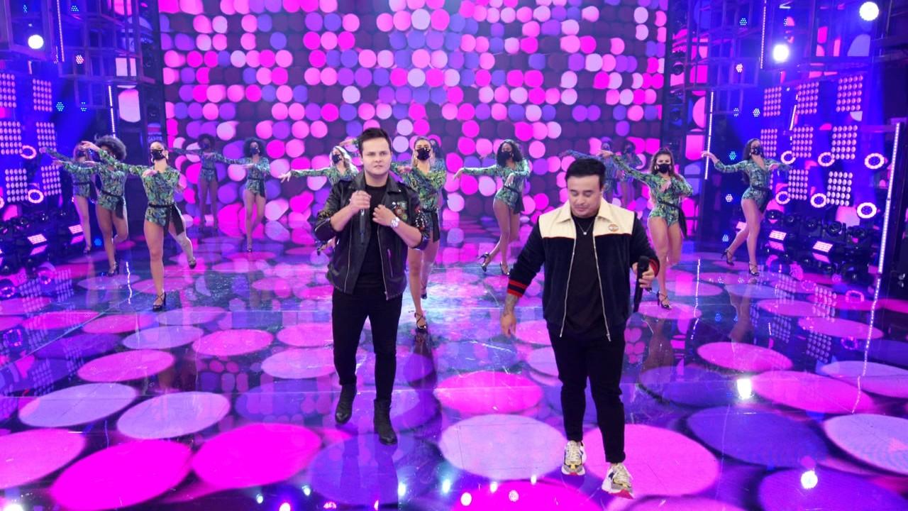 Matheus & Kauan cantam 'É Problema'