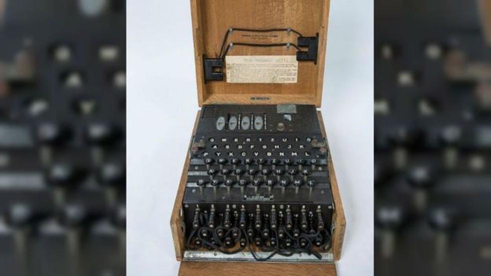 Essa máquina de 1944 era uma das utilizadas por nazistas para escrever mensagens secretas  (Foto: Universidade de Cambridge)