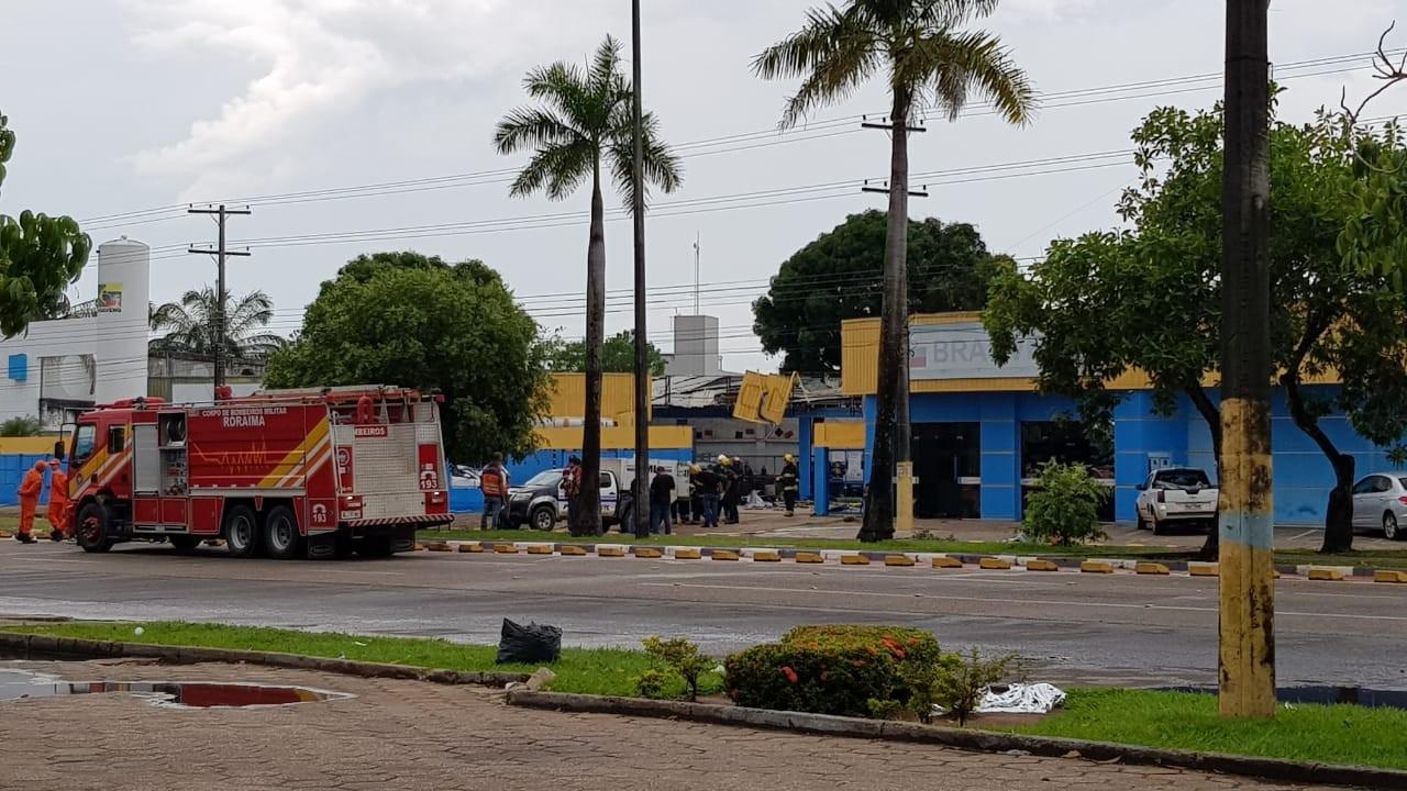 Explosões em empresa de gás deixam quatro mortos em Boa Vista, dizem bombeiros - Notícias - Plantão Diário
